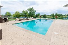 an Extraordinary Bridlebourne estate luxury real estate