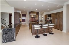 Luxury homes in an Extraordinary Bridlebourne estate