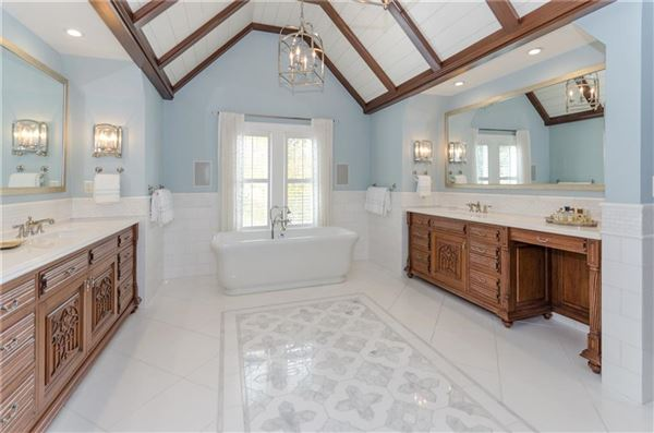Luxury homes A home of uncompromising quality and design