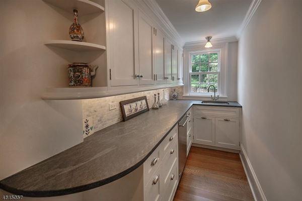 Hopeland luxury homes