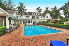 Mansions in Elegant 1914 Colonial revival home