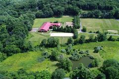 Luxury homes in Stone Horse Farm in tewksbury township