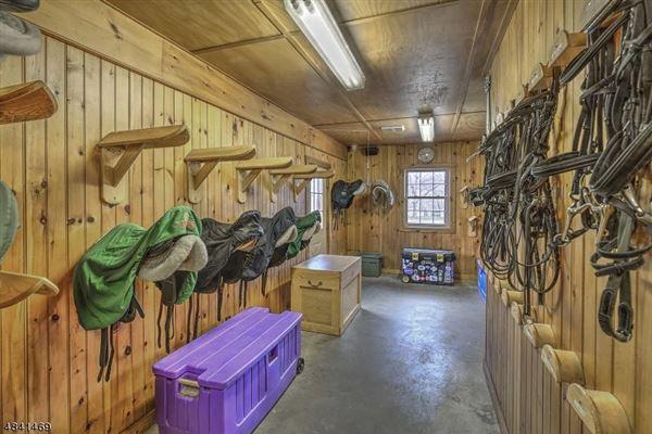 Stone Horse Farm in tewksbury township luxury real estate