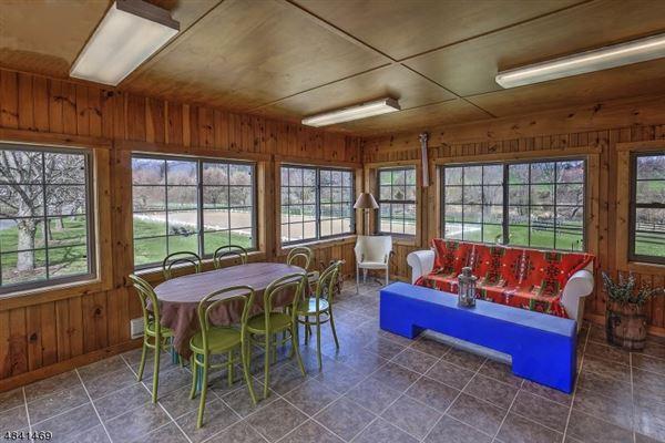 Luxury homes Stone Horse Farm in tewksbury township