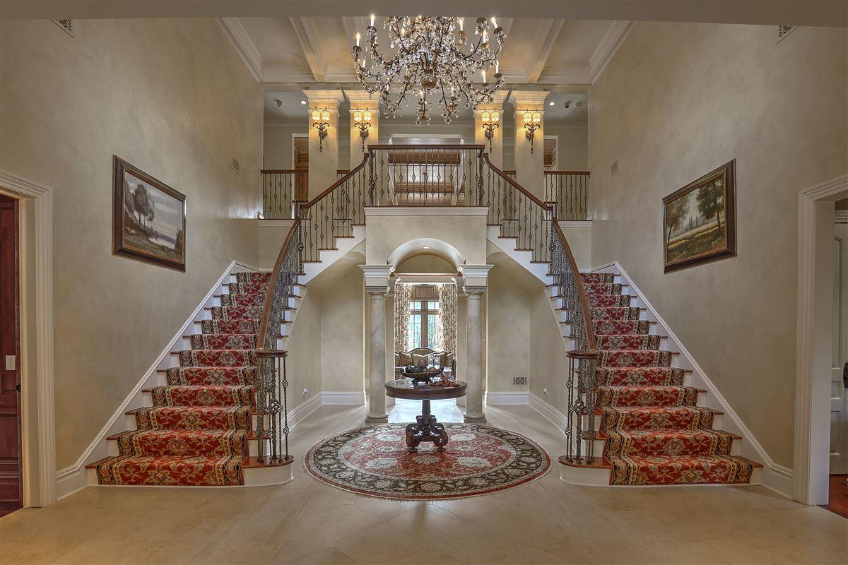 Grand Bernardsville Mountain Estate luxury homes