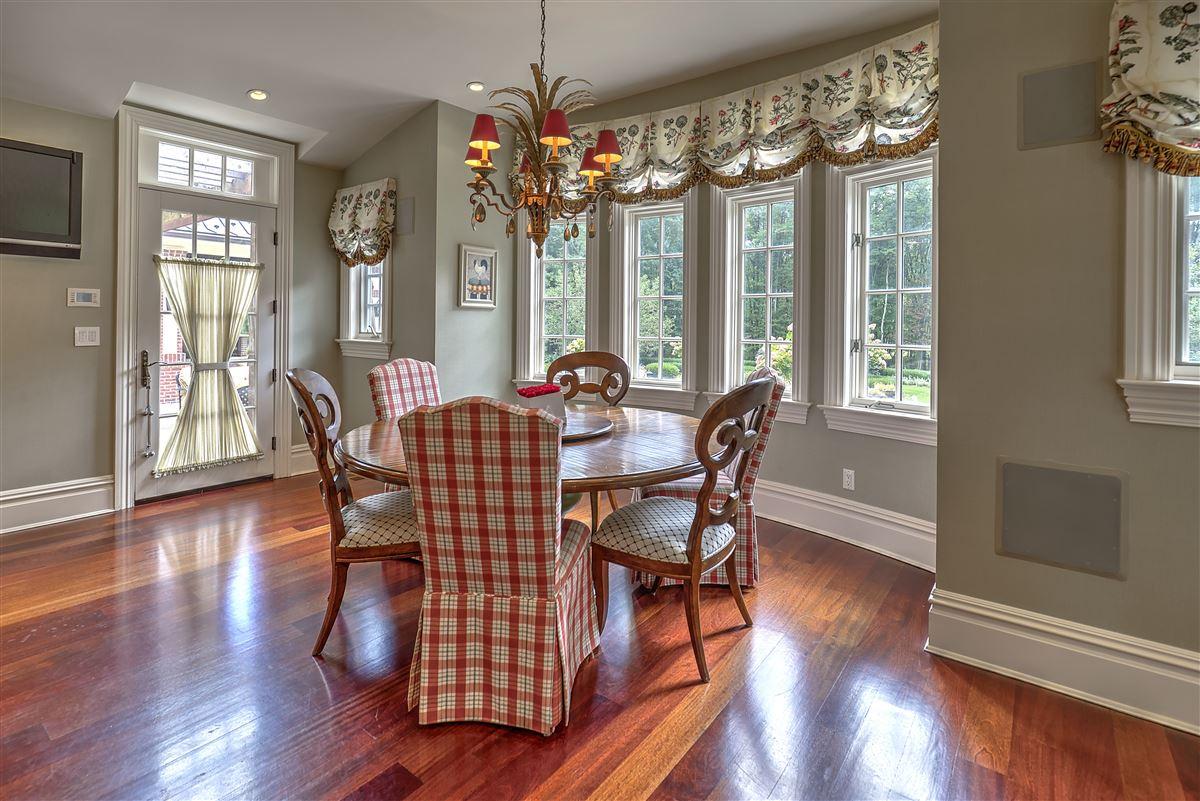 Grand Bernardsville Mountain Estate luxury properties