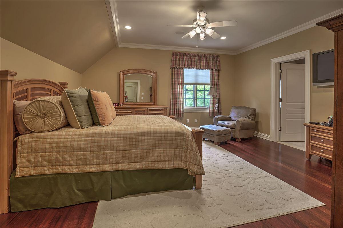 Luxury homes Grand Bernardsville Mountain Estate