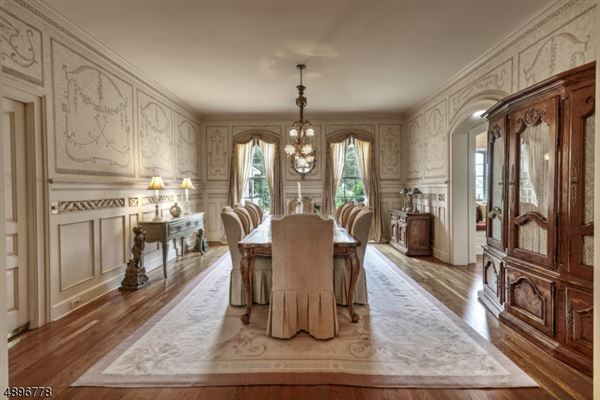 Mansions elegant french manor home on over 59 acres