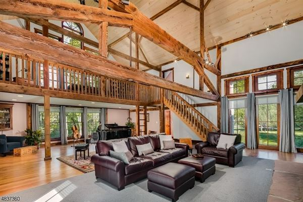 Magnificently Restored And Expanded Converted Barn New Jersey