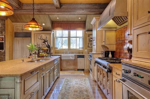 Roxiticus Valley country estate luxury properties
