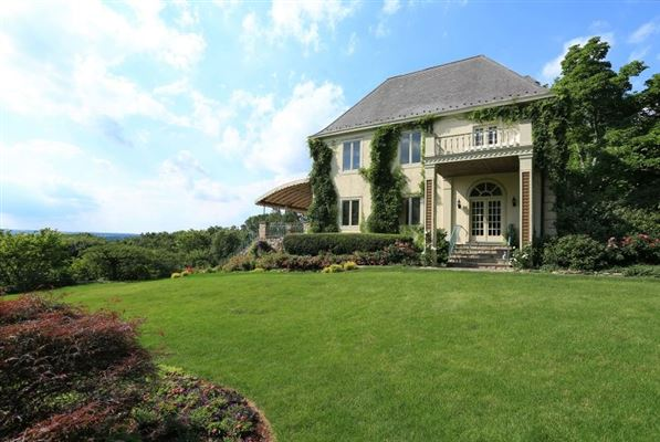 Luxury properties Magnificent French country-style estate