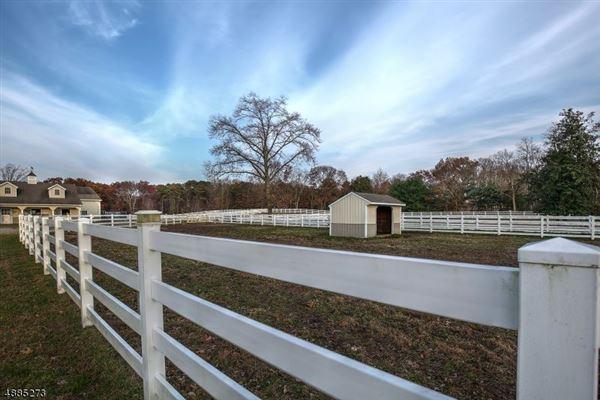 Mansions Allaire Farm