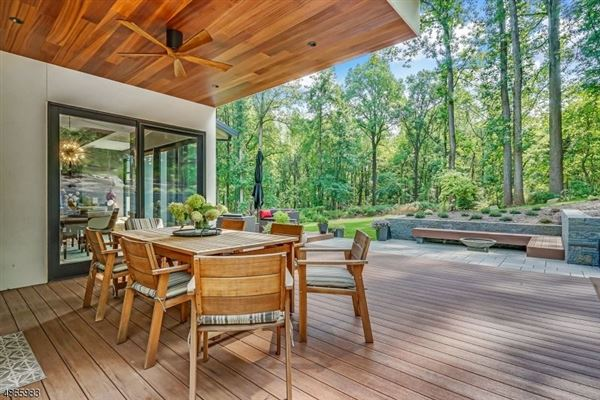 Modern Masterwork in Bernardsville luxury real estate