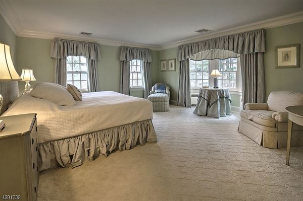 gracious Copper Beech Farm luxury real estate