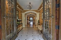 Mansions in Extraordinary lifestyle home