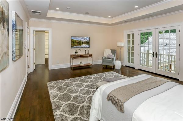 Luxury properties Custom home in chatham township