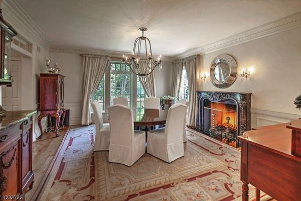 Luxury real estate Exquisitely designed park-like estate
