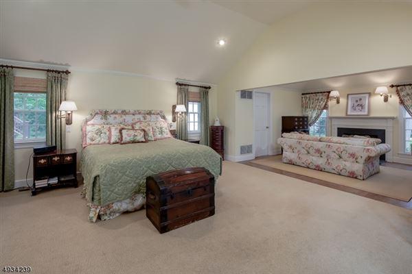 Mansions Classic Estate on the Bernardsville Mountain