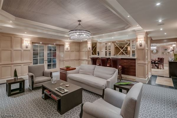 exquisite bespoke Colonial luxury homes