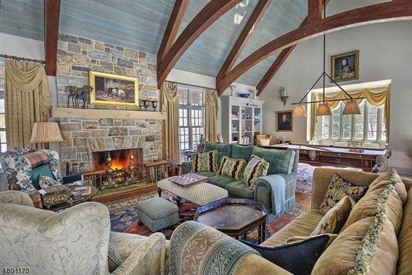 Luxury real estate Spectacular custom home