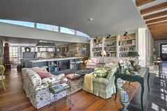 Spectacular custom home luxury real estate