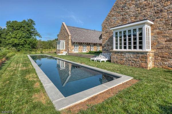 Luxury properties Spectacular custom home