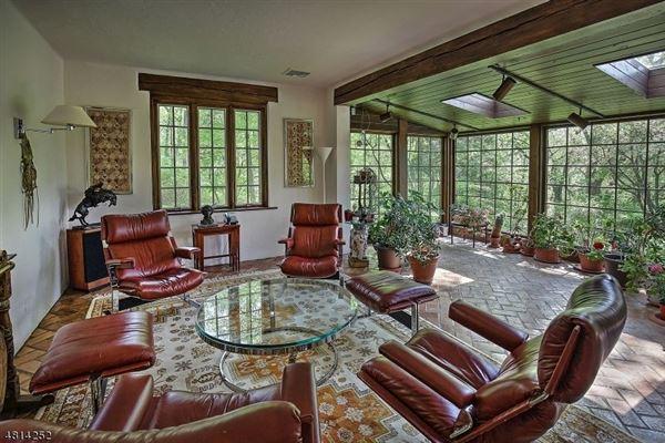 Luxury real estate Sunset Farm
