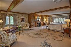 Luxury properties Sunset Farm