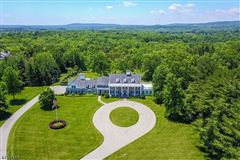 Luxury homes in ten Magnificent acres and beautiful home