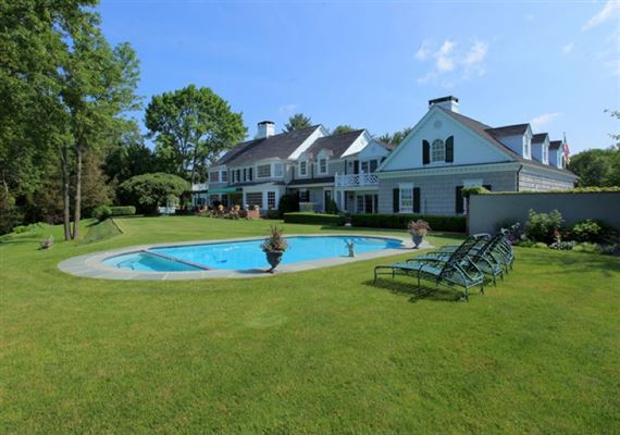 ten Magnificent acres and beautiful home luxury homes