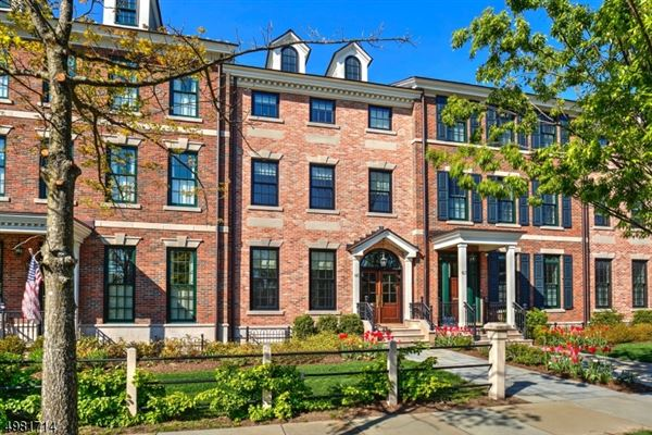 Luxury real estate rare opportunity in The Maple Avenue Townhomes