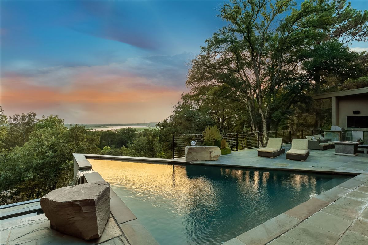 Luxury homes in fabulous estate with breathtaking views