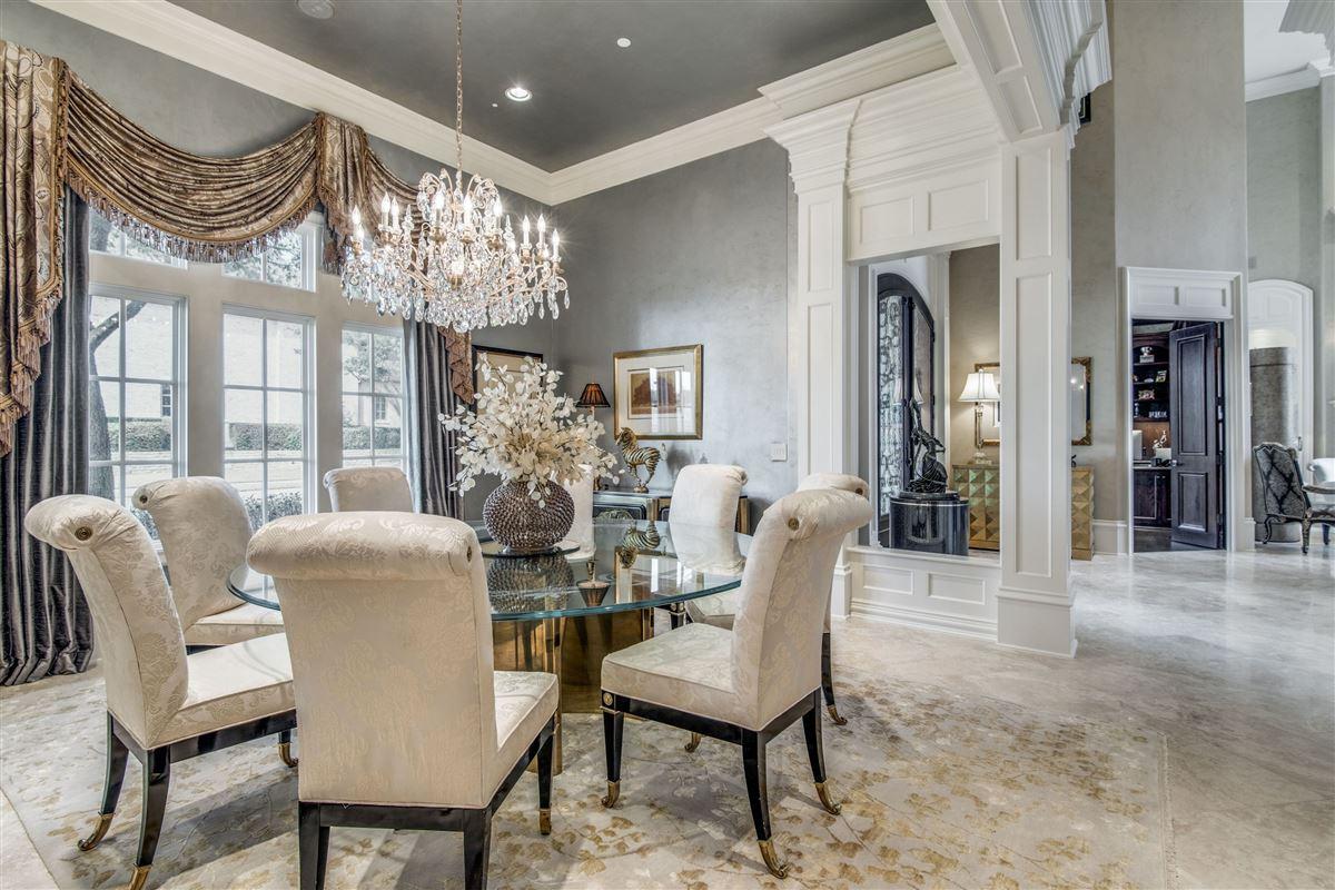Signature custom estate home luxury properties