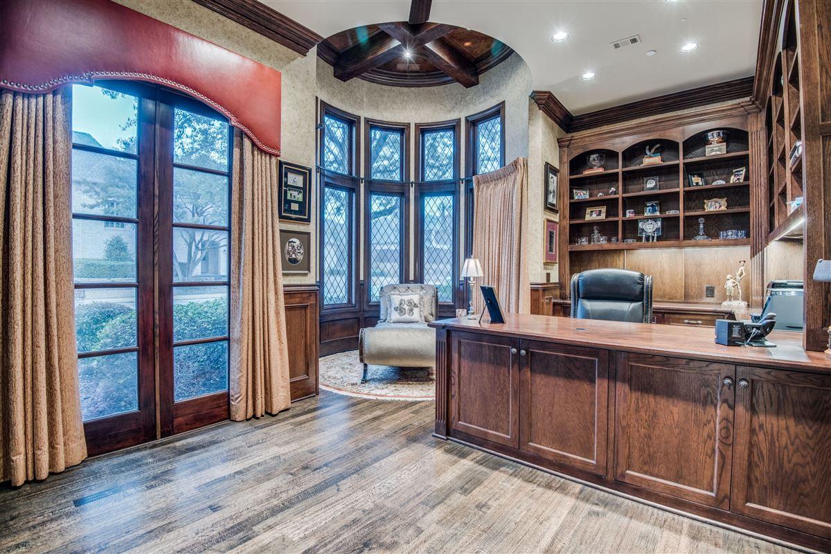 Luxury homes in Signature custom estate home