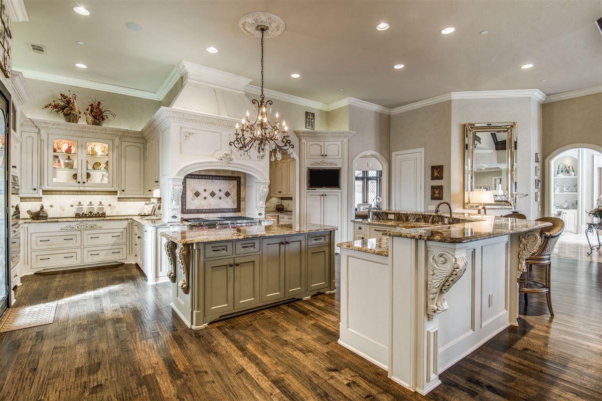 Mansions in Signature custom estate home