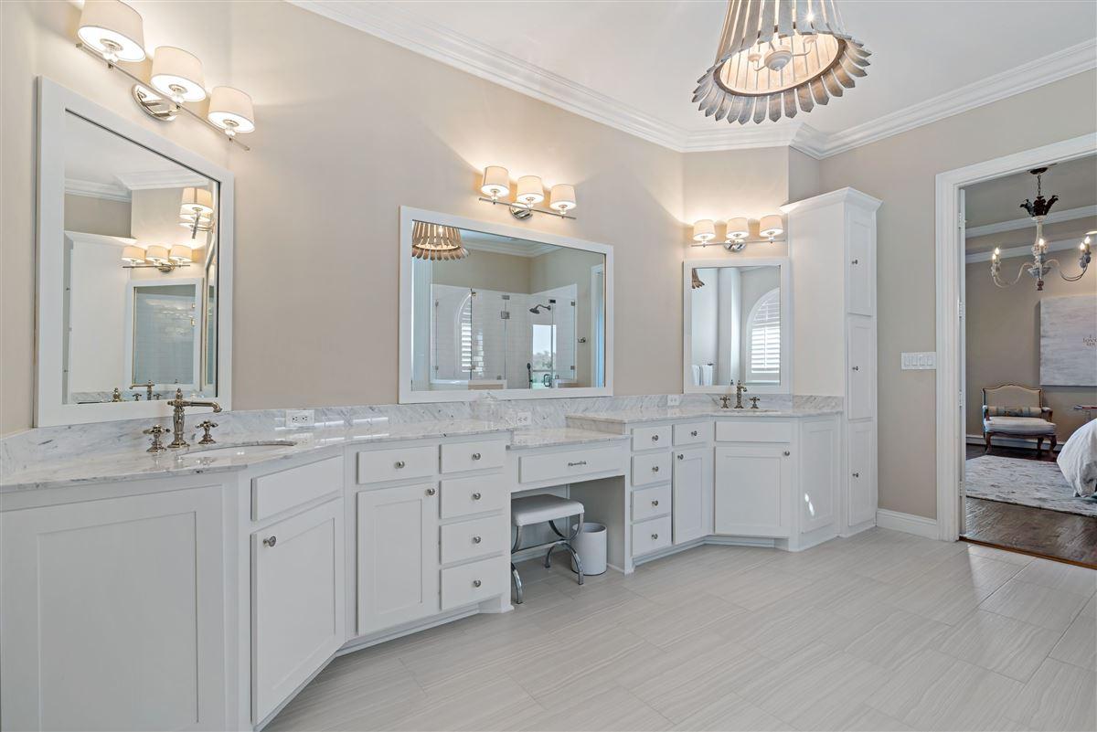 Luxury properties gorgeous home in Firewheel