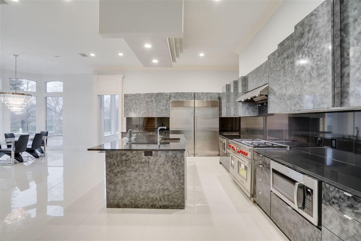 Spectacular estate on a premium lot  luxury real estate