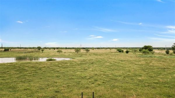 build your dream ranch home  luxury real estate