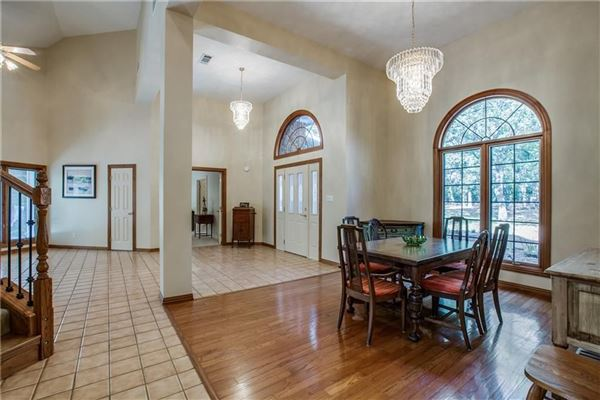 Luxury real estate expansive property covering more than 7 acres