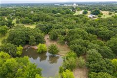 Mansions expansive property covering more than 7 acres