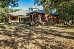 expansive property covering more than 7 acres mansions