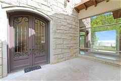 country estate OVERLOOKING LAKE TEXOMA luxury real estate