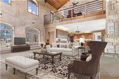 country estate OVERLOOKING LAKE TEXOMA luxury properties