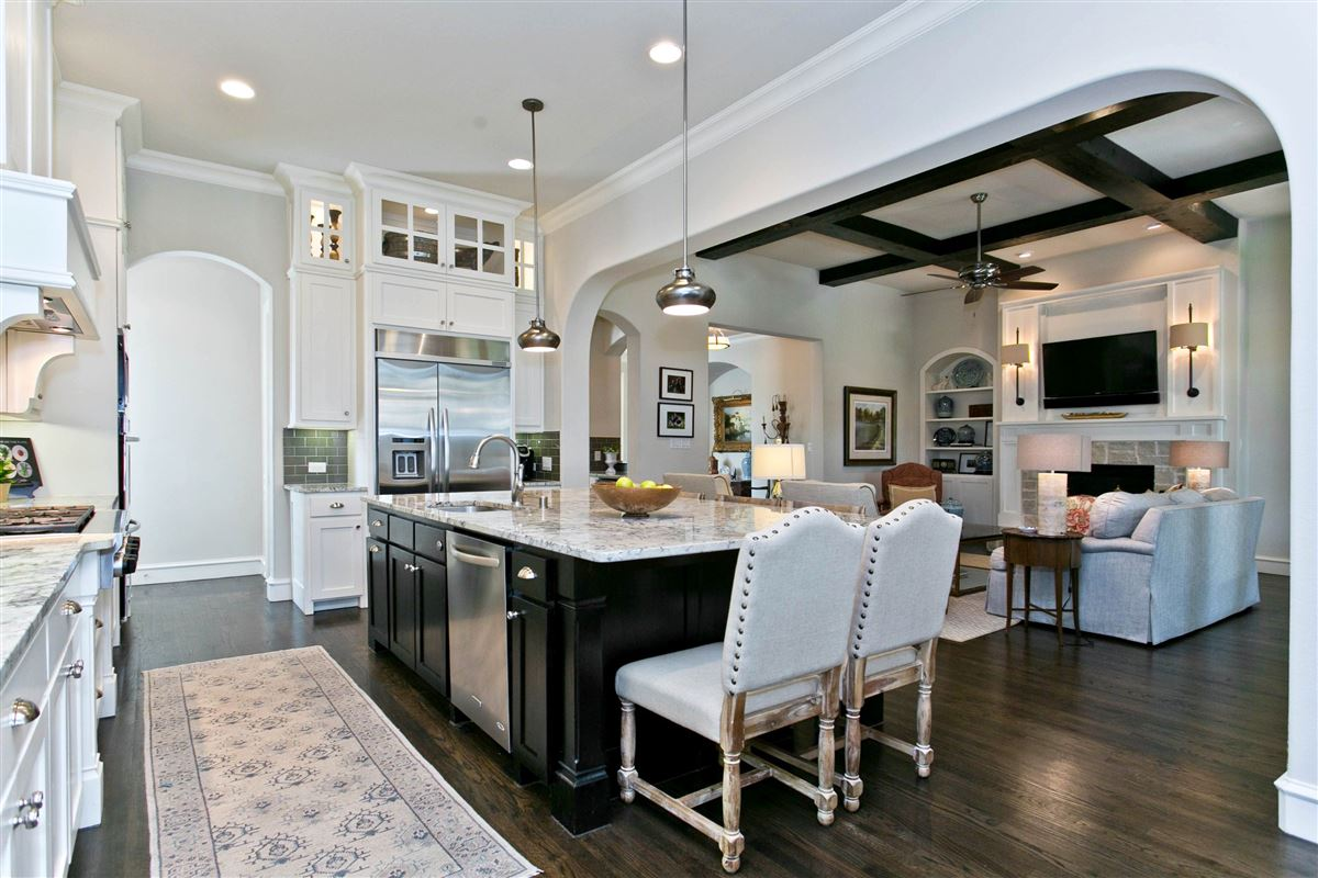 Hamilton Hills residence of character and individuality luxury properties