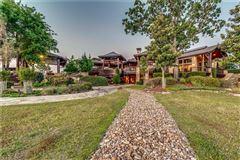 Crown Jewel of Cedar Creek Lake in Texas luxury homes