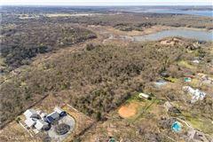 Luxury properties RARE UNDEVELOPED LAND in CARROLL ISD