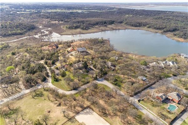 Luxury real estate RARE UNDEVELOPED LAND in CARROLL ISD