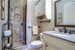 Luxury homes Meticulously kept custom built home