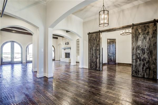 Mansions 1 story charmer in heath, texas