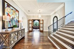 impressive estate in the reserve of Westwyck Hills luxury properties